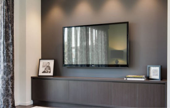 Gallery tv unit in bedroom using polytec melamine